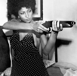 The-ExpendaBelles-Part-2-pam-grier